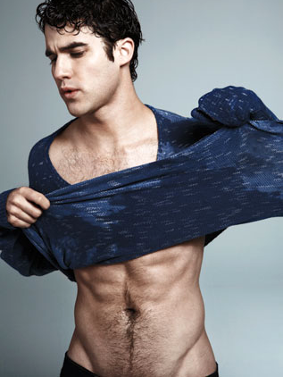 Darren showing us how to take off a shirt.